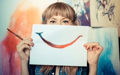 artist_smiling_shutterstock_650
